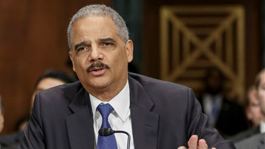 Holder tells state AGs to consider selective defense of laws