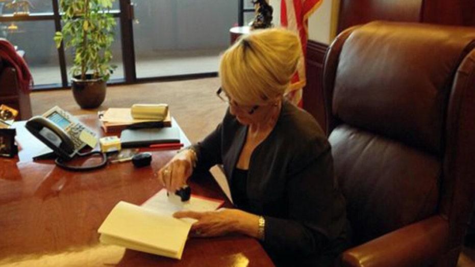 Arizona governor vetoes controversial religious rights bill