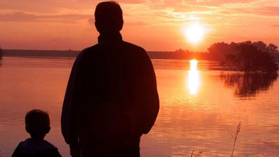 Study: Children of older fathers at risk of disorders