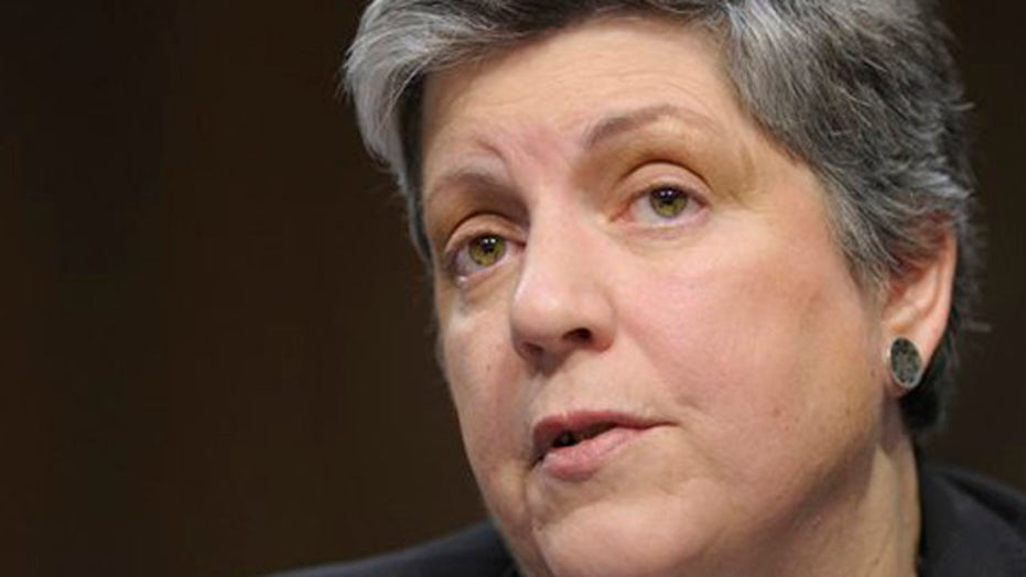Napolitano claims no part in decision to release illegals