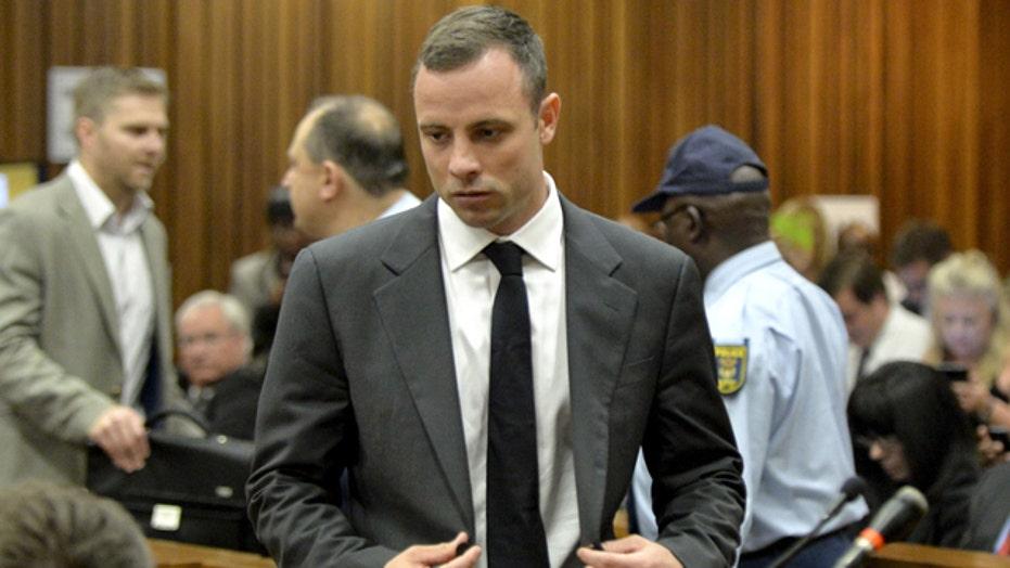 Oscar Pistorius pleads not guilty at start of murder trial