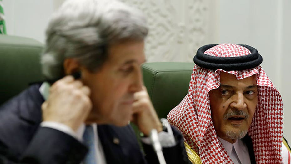 Sec. Kerry talks regional issues with Saudi foreign minister