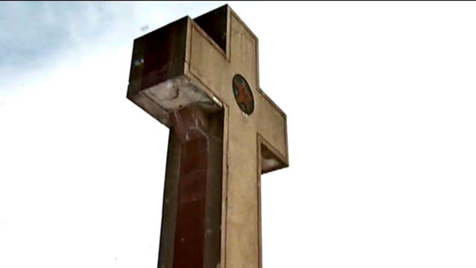 WWI memorial under fire