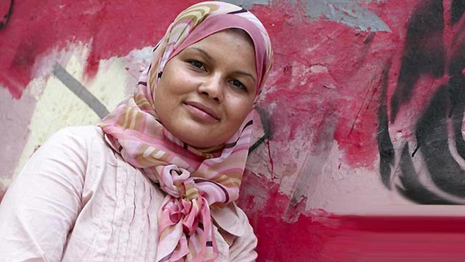 Award for Egyptian activist postponed over hateful tweets