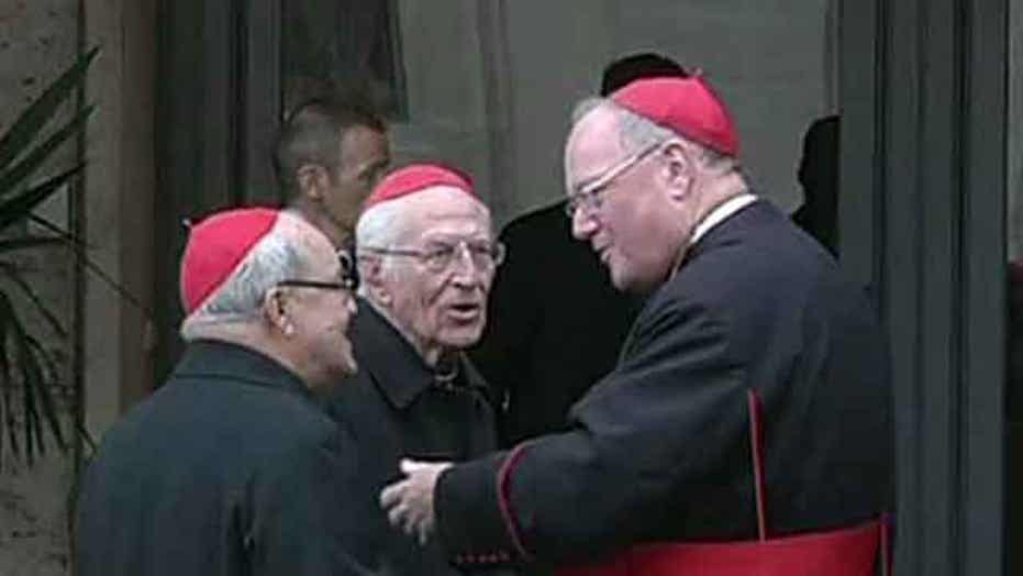 College of Cardinals assembles; last cardinal arrives