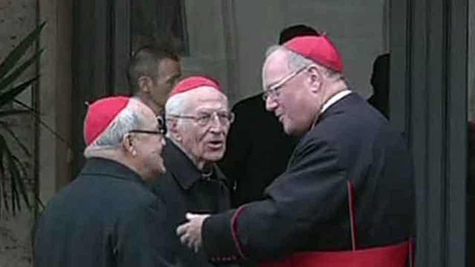 College of Cardinals assembles; last cardinal arrives