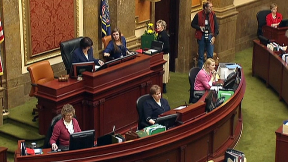 Utah adoption law raising questions about fathers' rights