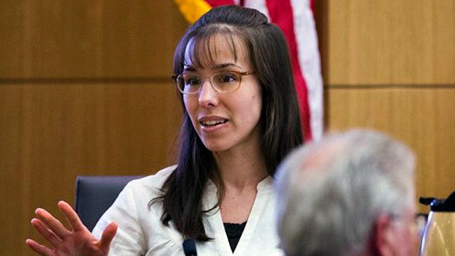 Did Jodi Arias hurt herself on the stand?
