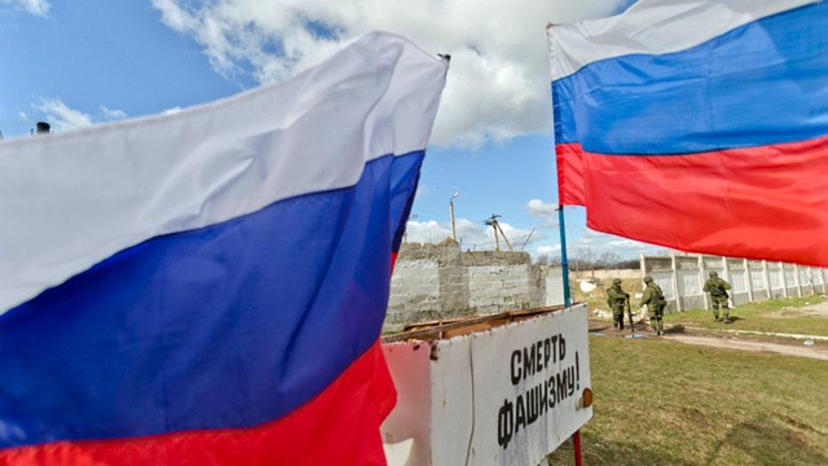 US announces sanctions against Russians after Crimean vote
