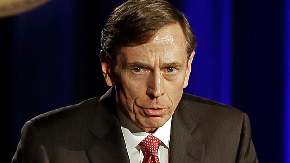 Petraeus apologizes in first speech since leaving CIA