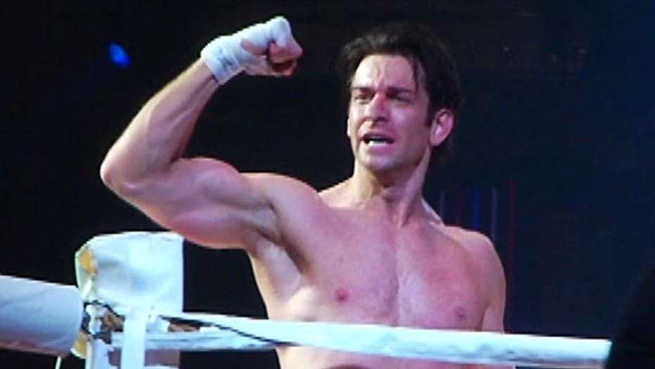 Broadway star Andy Karl laces up the gloves to play 'Rocky'