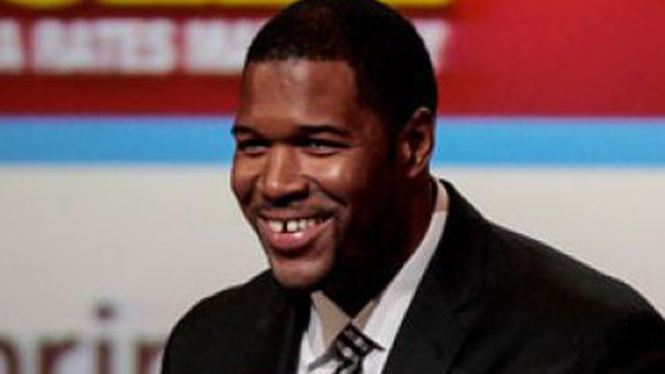 Strahan says move Ripa approved