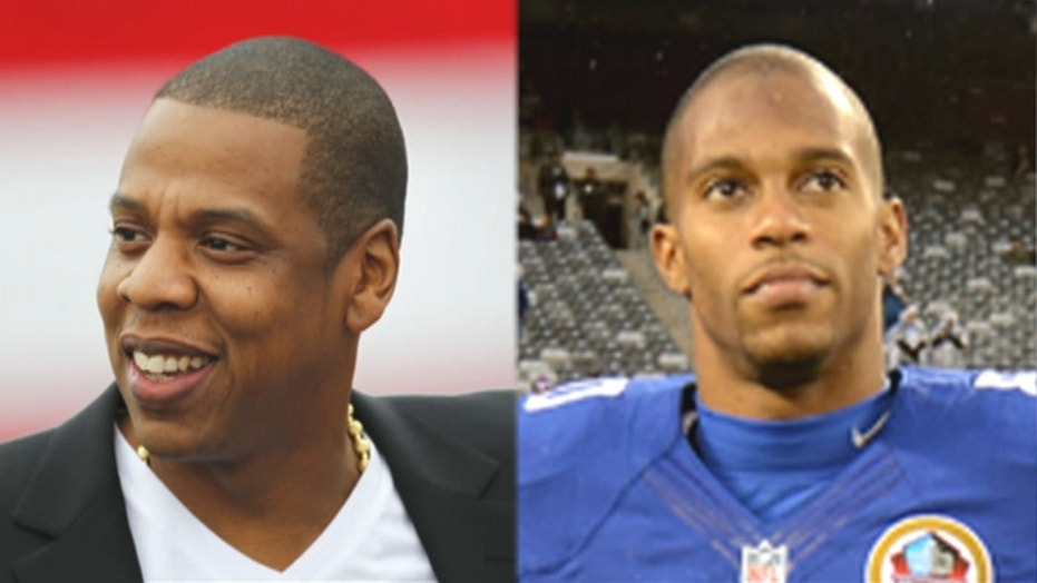 Victor Cruz Signs with Jay-Z