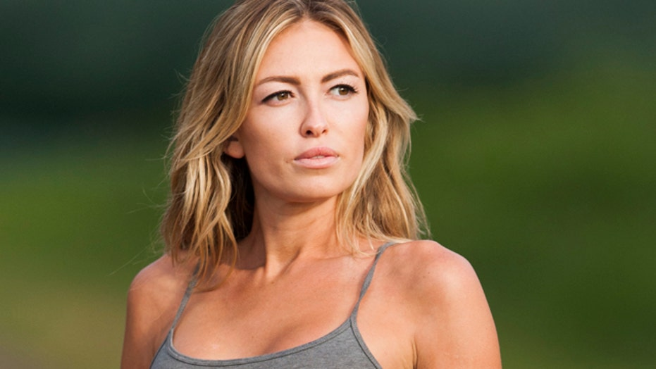 Paulina Gretzky's Golf Digest cover undeserved?