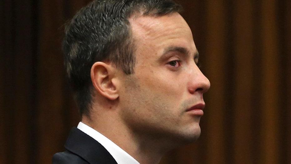 Emotional Oscar Pistorius testifies in his murder trial