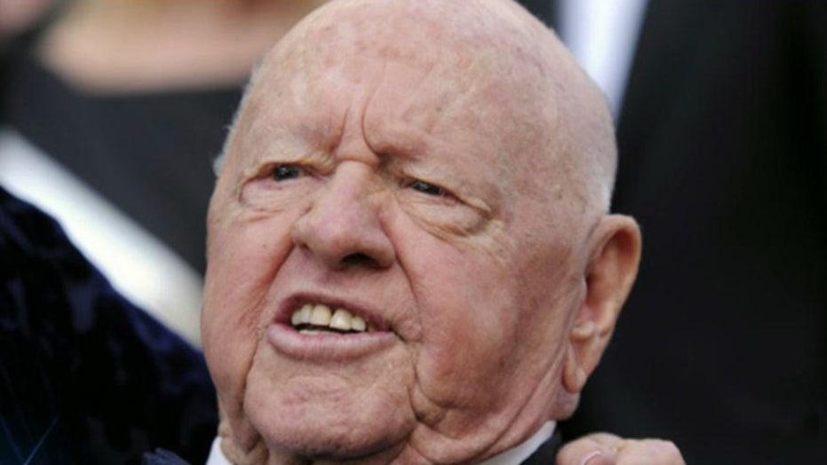 Actor Mickey Rooney dies at 93