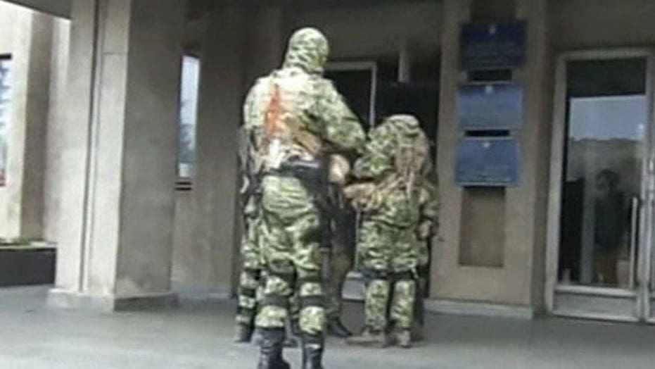 Pro-Russian forces seize police buildings in Ukraine