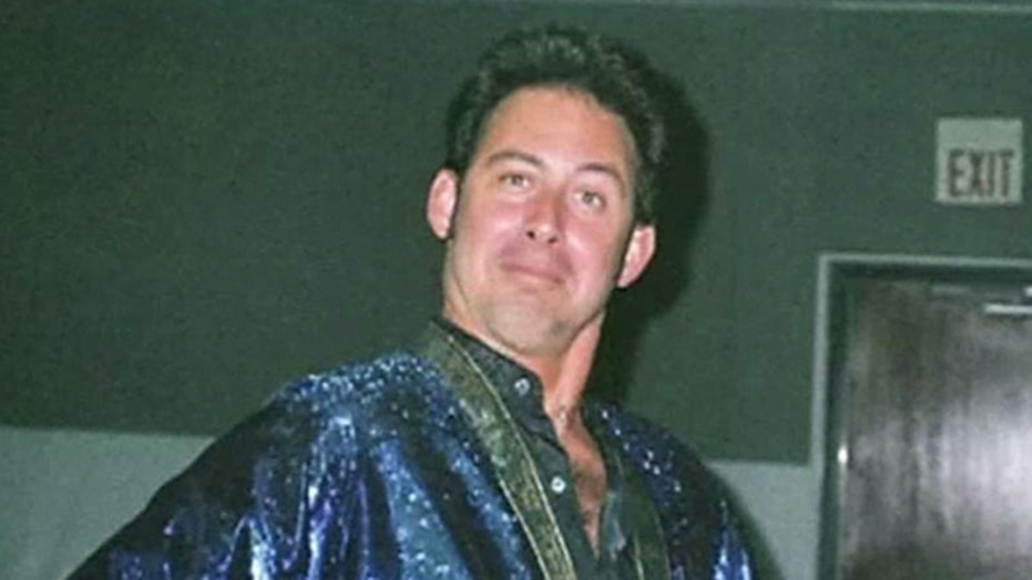 Elvis impersonator arrested in case of ricin-laced letters