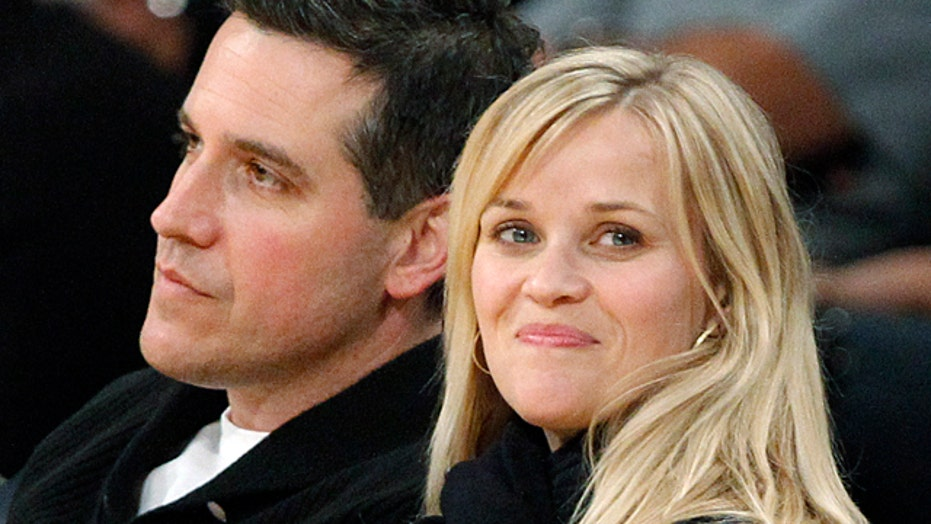 Reese Witherspoon exposes wild streak in weekend arrest