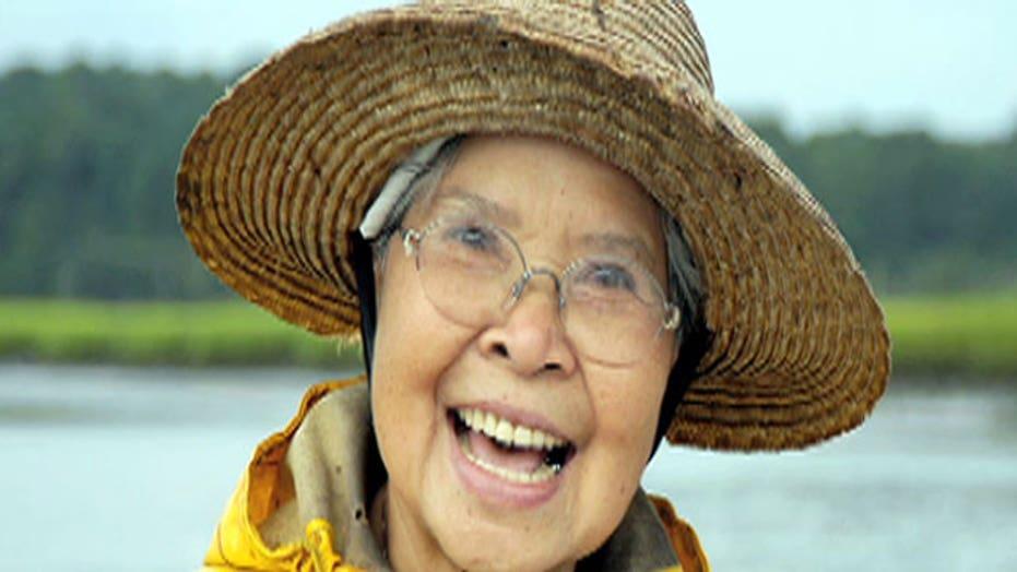 South Carolina woman holds title of Crab Cake Lady