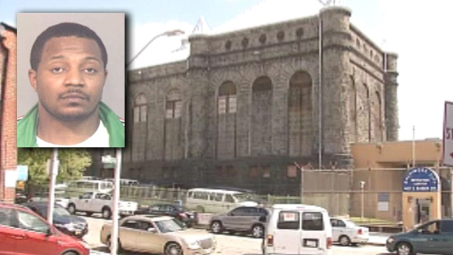 Gang leader accused of impregnating four prison guards