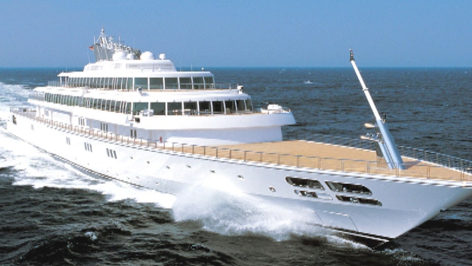 Battle of the super yachts