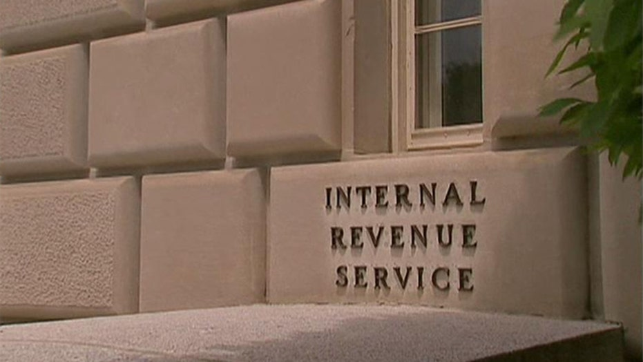 """IRS """"targeting"""" Tea Party groups"""