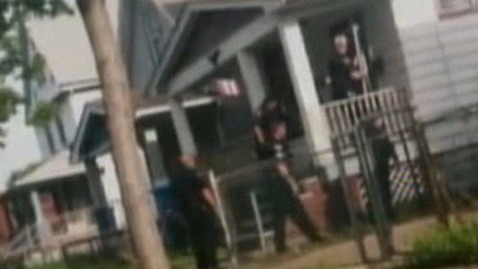 New video of police rescuing Ohio kidnapping victims