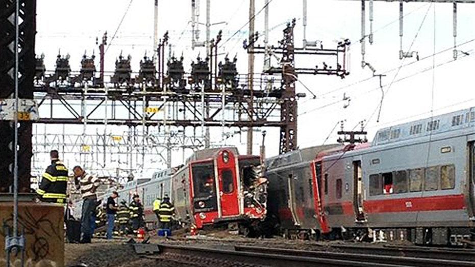 'Major derailment' on MTA commuter line