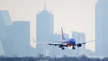 FCC  mulls negative comments about calls on planes