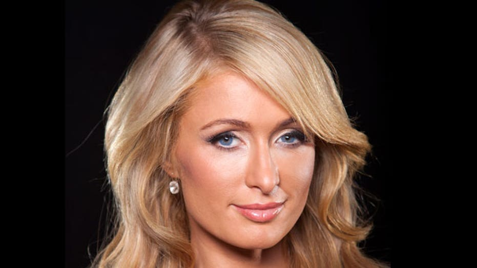 Paris Hilton posts old selfie