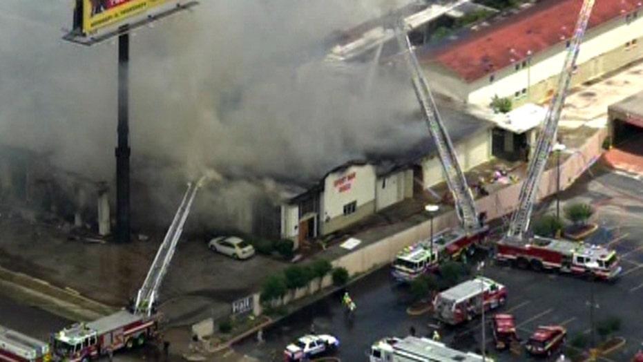 5-alarm fire kills 4 firefighters in Houston