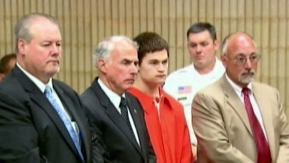 Defense claims insanity in teen stabbing case