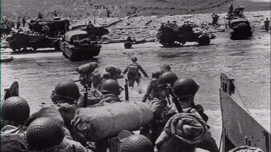 Veterans honor D-Day's fallen, 70 years later
