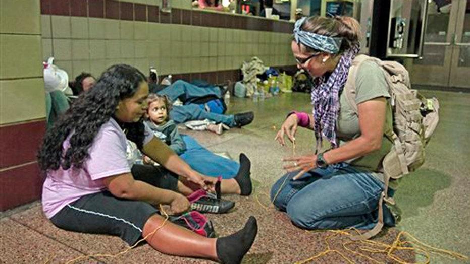 Officials, volunteers help 'dumped' undocumented immigrants