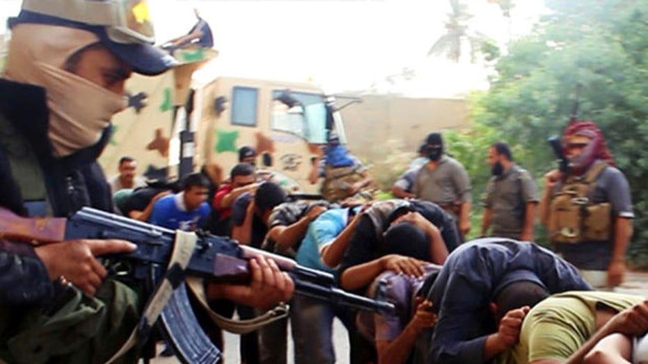Iraqi insurgents continue to gain ground