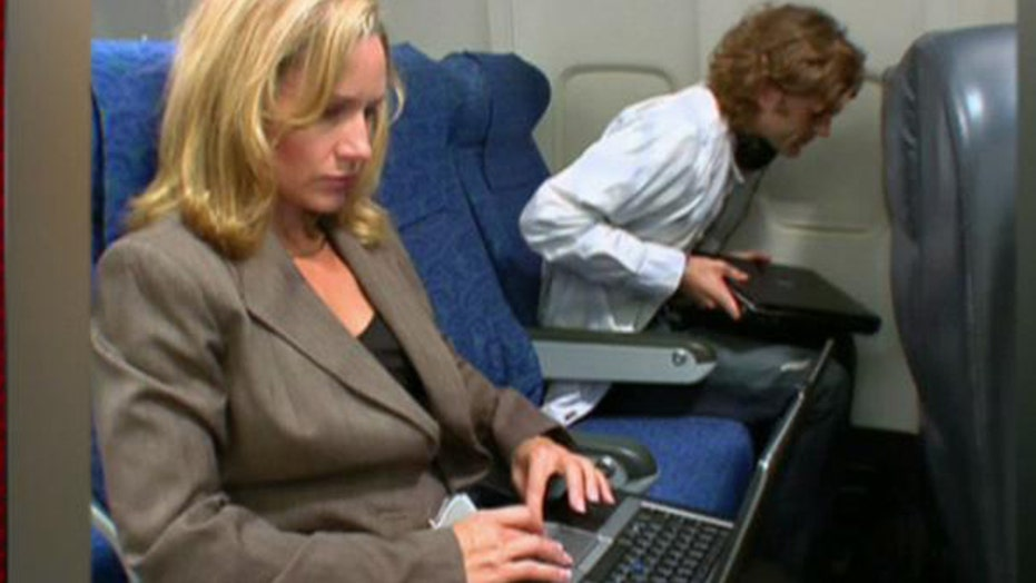 FAA to relax rules on use of in-flight personal electronics