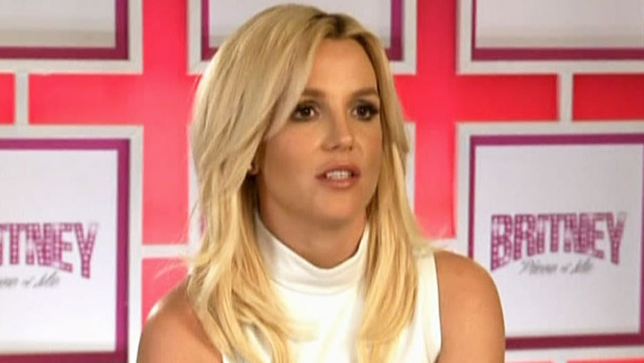 Shocker! Britney Spears can't sing without autotune?