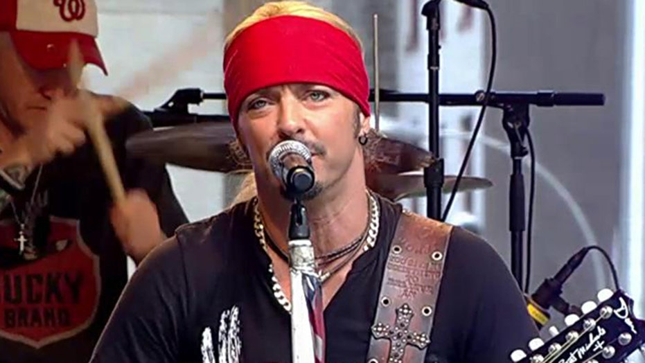 Bret Michaels performs greatest hits on 'Fox & Friends'