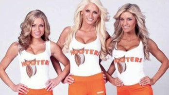 World's largest Hooters to close in Las Vegas
