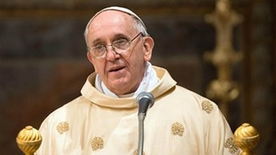 Pope offers indulgences to Twitter followers