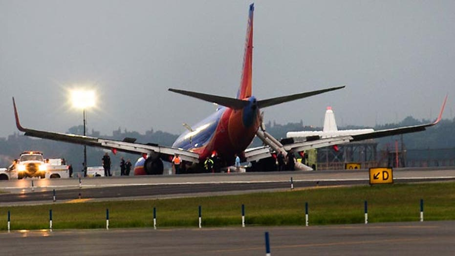 Southwest Airlines flight loses front wheels