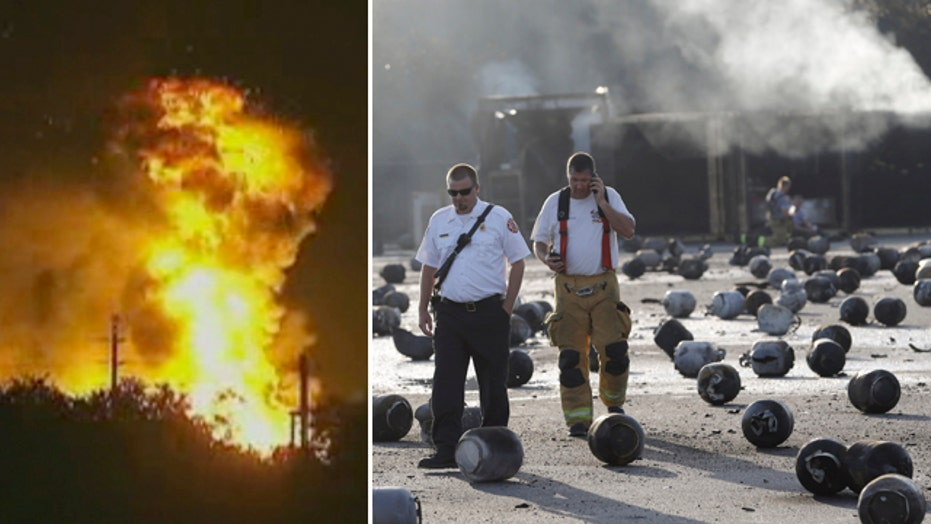 8 injured after explosions rock Florida propane plant