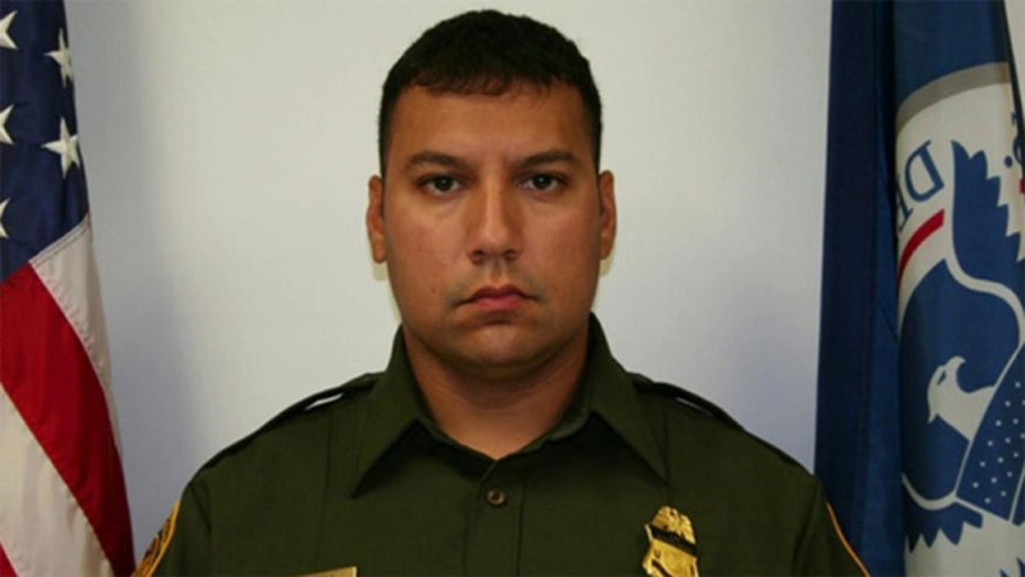 Border patrol agent killed protecting home from robbers