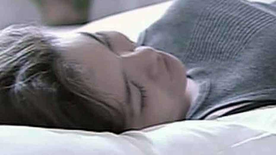Study: Sleep loss increases cravings for junk food