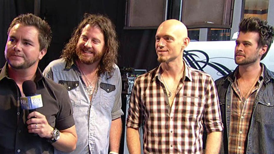 Eli Young Band performs 'Drunk Last Night'