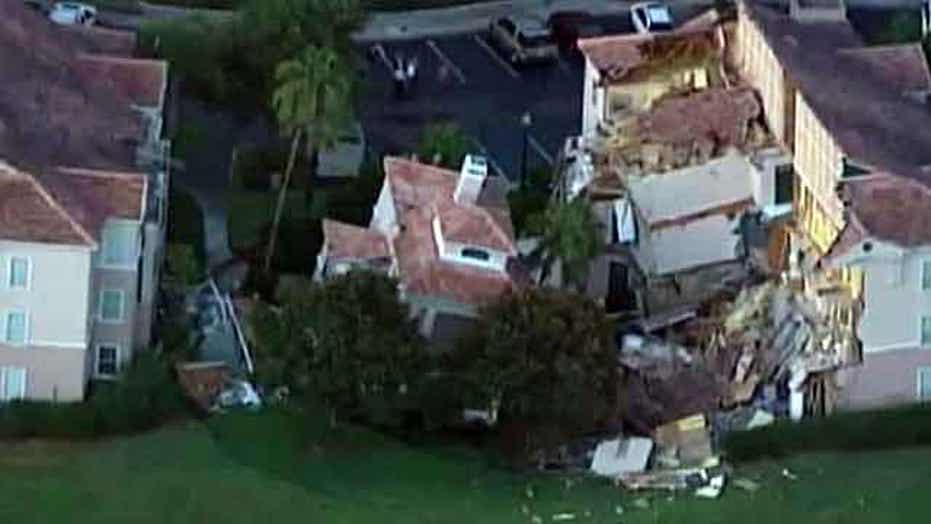 Sinkhole collapses resort villa near Disney World