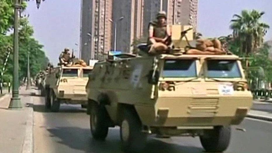 Egyptian forces tightening security around supreme court