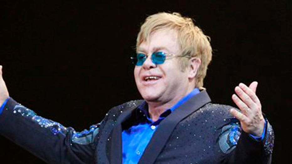 Hollywood Nation: Elton John is 'Home Again'