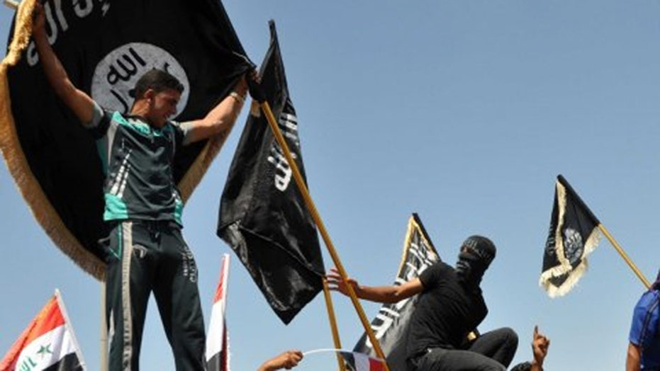 FBI, DHS warn police depts. of potential retaliation by ISIS